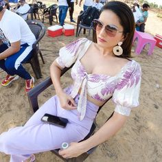 Hanging out on set Sunny Leone Photographs SUNNY LEONE PHOTOGRAPHS | IN.PINTEREST.COM WALLPAPER EDUCRATSWEB