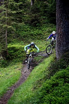 Rider: Anita Gehrig Andi Wittmann   Location: Laax   Photo: Dominic Zimmermann   Spring / Summer Collection 2014   www.zimtstern.com   #zimtstern #spring #summer #womens #mens #collection #action #mountain #bike #trail #downhill #clothing
