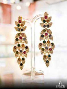 #cristaisdegramadomodelos de brincos para você ficar ainda mais estilosa! Combine com colares e pulseiras para ficar deslumbrante :) #CristaisdeGramado