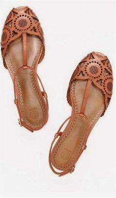 Flat shoe (40)