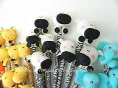 . Jumping Clay, Biscuit, Ideas Para Fiestas, Pasta Flexible, Cold Porcelain, School Supplies, Giraffe, Polymer Clay, Give It To Me