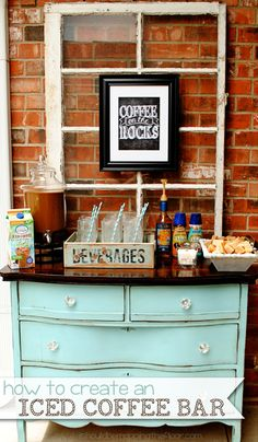 up an Iced Coffee Bar Ideas and free printable for setting up the perfect Iced Coffee Bar. Perfect for summer weddings and parties.Ideas and free printable for setting up the perfect Iced Coffee Bar. Perfect for summer weddings and parties. Coffee Bar Home, Home Coffee Stations, Coffee Corner, Iced Coffee, Coffee Drinks, Coffee Cups, Beverage Stations, Coffee Bar Party, Coffee Enema