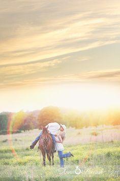 Cowboy engagement session. Anna Pociask Photography. Huntsville, Alabama Horse with beautiful sunset