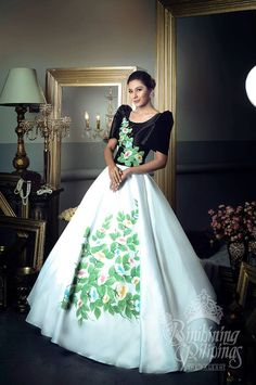 LOOK: The Bb Pilipinas 2017 candidates in stunning national costumes Philippines Dress, Philippines Fashion, Philippines People, Grad Dresses, Evening Dresses, Modern Filipiniana Gown, Filipino Fashion, Filipina Beauty, Dress Making Patterns