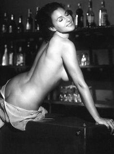 Monica Bellucci Sexy Hot