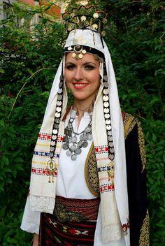 Источна Херцеговина / Eastern Herzegovina bride _ nevesta  oglavlje  OVRLJINA