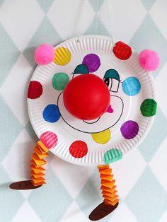 Crayola Crafts, Clown Crafts, Circus Crafts, Carnival Crafts, Carnival Decorations, Kids Crafts, Easy Paper Crafts, Paper Plate Crafts, Diy Home Crafts