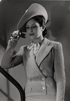 Anny Blatt Fashions    Paris 1935