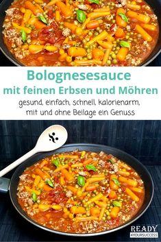 Bolognese mal anders. Diese leckere Bolognesesauce mit feinen Erbsen und Möhren schmeckt hervorragend mit und ohne Beilage und ist im Handumdrehen zubereitet. Ein leckeres LowCarb-Gericht, was für die ganze Familie geeignet ist. Für alle, die abnehmen möchten ideal!  #Bolognese #Erbsen #Möhren #Tomaten #Penne #Spaghetti #Hackfleisch #LowCarb #einfach #schnell #gesund #kalorienarm #abnehmen #abnehmentrotzLipödem Skin Cleanse, Chili, Curry, Soup, Favorite Recipes, Ethnic Recipes, Diabetes, Eat Lunch, Food Dinners