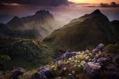 """Cloudy evening sunset from the top of Doi Luang Chiang Dao (elevation: 2,225 m.)    """"Doi Chiang Dao mountain range is a limestone mountain and the third highest mountain in Thailand. The name 'Chiang Dao' means 'City of Stars'.""""    by Pichaya Viwatrujirapong."""