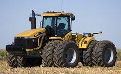 Challenger MT900C Series Tractor