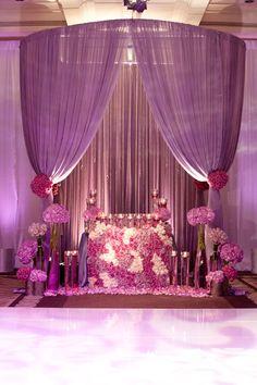 AMAZING sweetheart table - romantic, purple and roses galore. Andrena Photography fullcircleeventi.com