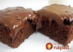 Chocolate-Glazed Brownies - What's better than a chocolate brownie? A chocolate-glazed brownie. Chocolate Glaze, Chocolate Brownies, Chocolate Lovers, Cake Recipes, Dessert Recipes, Food Cakes, Great Recipes, Sweet Tooth, Deserts