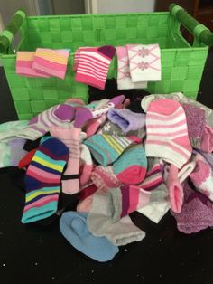 Superb Baby Shower Matching Sock Game, How Many Can You Match In A Minute?