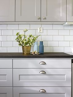 Color Ideas For Kitchen Walls is categorically important for your home. Whether you pick the How To Decorate Kitchen Walls or Decorating Ideas For Kitchen Walls, you will create the best How To Decorate Kitchen Walls for your own life. Kitchen Cabinet Styles, Kitchen Redo, Kitchen Cupboards, Rustic Kitchen, Kitchen Remodel, Kitchen Design, Kitchen Walls, Kitchen Ceiling Spotlights, Downlights Kitchen