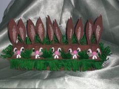 Knutselen voor Pasen/Crafting for Easter. Easter Crafts, Easter Bunny, Arts And Crafts, Tableware, Diy, Bunnies, Gras, Wordpress, School