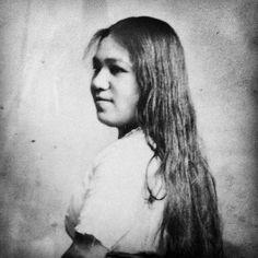 MERCY METOXEN (ONEIDA) Indian Tribes, Native American Tribes, Native American History, Native Indian, Native Americans, Oneida Nation, Pictures Of People, Find Picture, Dark Beauty