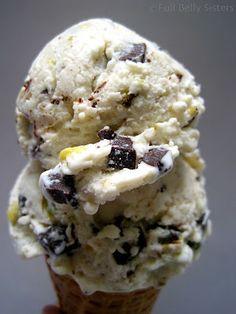 Cannoli Ice Cream w. Pistachios & Dark Chocolate