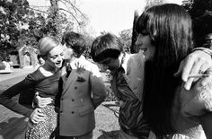 60s model icon Twiggy with her boyfriend and Sonny & Cher at a party in Beverly Hills in 1967