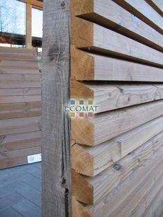 Gevelplanken in kastanje, ceder en larix - cederhout Wooden Wall Cladding, Wood Facade, Timber Cladding, Exterior Cladding, House Cladding, House Siding, Wooden Wall Design, Wooden Walls, Facade Design