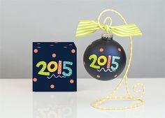 2015 Glass Ornament | underthecarolinamoon.com