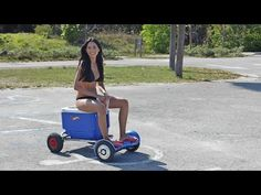 Patent Pending Cart Attachment HoverSeat let you to ride self-balancing electric scooter hoverboard while sitting instead of standing. Fishing Chair, Kayak Fishing, Cooler Box, Electric Cars, Electric Vehicle, Cool Tech, Go Kart, Trial Bike