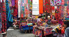 Cuando uno se plantea viajar a Guatemala, seguro que los motivos principales que le animan a visitar ese país son lugares como Antigua, Tikal o el Lago Atitlán. No hay duda de que todos ellos son de visita obligada en…