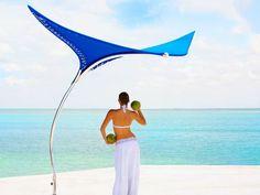 Freestanding shade sail STINGRAY - TUUCI Europe