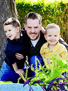 February 5, 2012  Disappearance of Susan Powell: Josh Powell, who was widely suspected in his wife's disappearance, kills himself and the couple's two children.    Josh Powell with sons Charlie and Braden