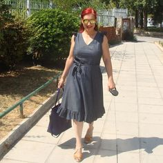 When this photo arrives in your mailbox, you just have to share it, even though it's not exactly summer season in our hemisphere.But Chrysa is looking STUNNING in her Lisa dress and I just adore her addition of the ruffled hem. It takes the dress to a whole other level, don't you think?.#easysewing #learntosew #howtosew #sewingpattern #indiepatterns #ootd #outfitinspiration #diyoutfit #sewists #sewcialists #lisadress #aklisa