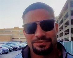 Read Part 3 - Smiles from the story Roman Reigns GIFS😍❤️. by Fivefootxo (N♚♡.) with 799 reads. His smile is to die. Roman Reigns Memes, Roman Reigns Gif, Roman Reigns Smile, Roman Regins, Wwe Superstar Roman Reigns, Roman Warriors, Love Your Smile, Fine Men, Wwe Superstars