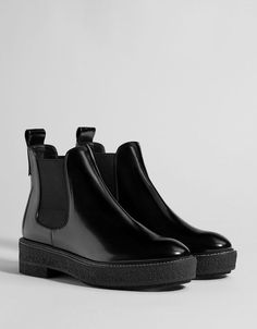 Ankle boots - Shoes - COLLECTION - WOMEN - Bershka United States - Platform ankle boots with elastic panels Best Picture For preppy outfits For Your Taste You are l - Sneakers Mode, Sneakers Fashion, Fashion Shoes, Sneakers Adidas, Shoes Sneakers, Cute Shoes, Me Too Shoes, Women's Shoes Sandals, Shoe Boots