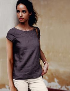 French Knot Top by boden. Scoop neck grey top.
