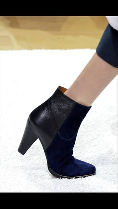 Black and navy ankle boots, Chloe AW14