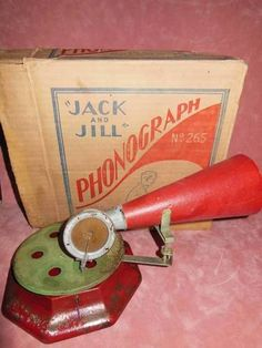 ANTIQUE VINTAGE JACK AND JILL TIN TOY PHONOGRAPH