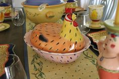Pistoulet Hen Casserole dish Rooster Decor, Casserole Dishes, Nests, Roosters, Kitchen Ideas, Dump Casseroles, Rooster