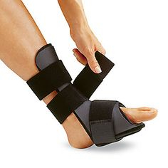 Sleep undisturbed and wake up to less heel pain with the Dorsal Night Splint. Stretching overnight can help relieve morning heel pain associated with plantar fasciitis.