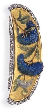 AN ART NOUVEAU ENAMEL AND DIAMOND BAR BROOCH. The textured gold bar, decorated by blue and green enamel hydrangea flowers, enhanced by rose-cut diamond borders, mounted in platinum and 18k gold, circa 1900, with French assay marks. #ArtNouveau #brooch