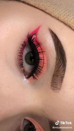 Eye Makeup Steps, Eye Makeup Art, Skin Makeup, Eyeshadow Makeup, Bridal Eye Makeup, Purple Eye Makeup, Makeup Pictorial, Eye Makeup Designs, Halloween Eye Makeup