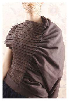 Fabric Manipulation for Fashion - pleats, drape & triangle tessellation stitch detail // Daniel Henry