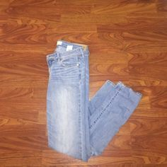 Abercrombie and Fitch skinny jeans These jeans have been previously worn. But are in good condition Abercrombie & Fitch Jeans Skinny