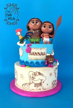 Moana Birthday Cake with HeyHey, Maui and kakamora figurines