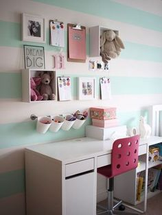 Using IKEA kitchen storage and desk to create a perfect desk se pics.club/girl-room-decor/kids-desk-goals-using-ikea-kitchen-storage-and-desk-to-create-a-perfect-desk-se My New Room, My Room, Ikea Deco, Ikea Kitchen Storage, Storage Room, Kids Bedroom Storage, Ikea Desk Storage, Micke Desk Ikea, Kitchen Shelves