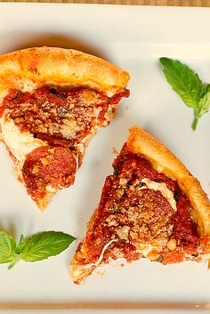Chicago Style Deep Dish Pizza  .... this looks amazing!  i love pizza.