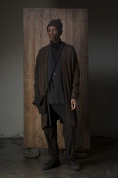 Jan-Jan Van Essche: Project - Each One Teach One - StyleZeitgeist Dark Fashion, Autumn Fashion, Mens Fashion, High Fashion, Project 4, Kinds Of Clothes, Green Man, Classic Man, Fashion Lookbook