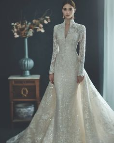 Beautiful Wedding Dresses Lace 15 Wedding Dresses You Can Wear For Both Your Elopement and Big Celebration.Beautiful Wedding Dresses Lace 15 Wedding Dresses You Can Wear For Both Your Elopement and Big Celebration Country Wedding Dresses, Modest Wedding Dresses, Unique Dresses, Pretty Dresses, Bridal Dresses, Crystal Wedding Dresses, Vintage Style Wedding Dresses, Dresses To Wear To A Wedding, Ball Dresses