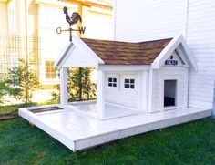 Dog House - , You are in the ri Cheap Dog Kennels, Luxury Dog Kennels, Diy Dog Kennel, Cheap Dog Houses, Cool Dog Houses, Dog House Plans, House Dog, Luxury Dog House, Dog Rooms
