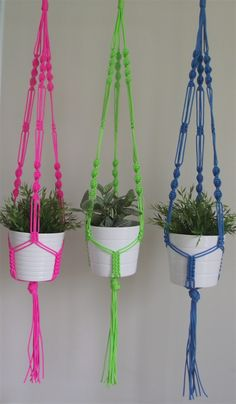Two tier macrame plant hanging. Rope Plant Hanger, Indoor Plant Hangers, Pot Hanger, Macrame Plant Hanger Patterns, Free Macrame Patterns, Macrame Plant Hangers, Macrame Hanging Planter, Macrame Plant Holder, Plant Holders