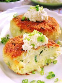 Sio-sorrows: Cutlets with horseradish potatoes Vegetarian Recipes, Cooking Recipes, Healthy Recipes, Easter Dishes, Food Photo, I Foods, Food Inspiration, Food To Make, Sandwiches