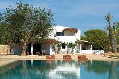 Rustic Villa Adamo, Ibiza http://www.homeadore.com/2012/10/10/rustic-villa-ibiza/